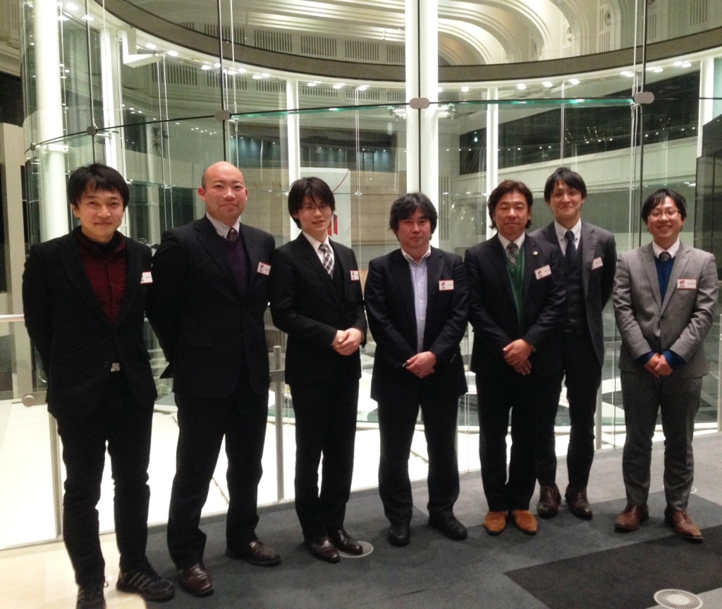 真山仁先生とTFWのメンバー